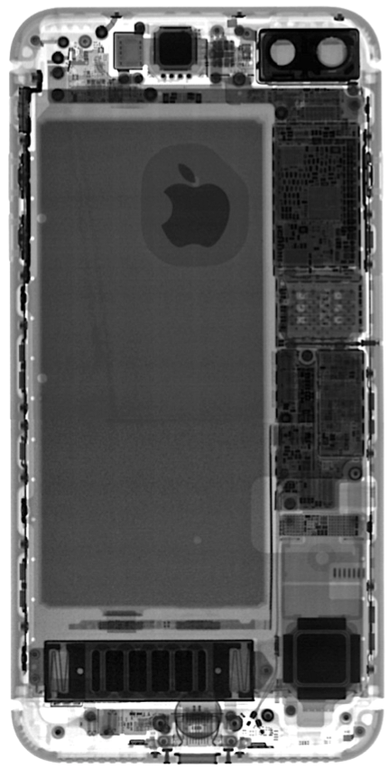 X-ray image of the iPhone 7 Plus showing the internal complexity of the device